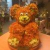 Цветочная композиция в форме игрушки Медведь