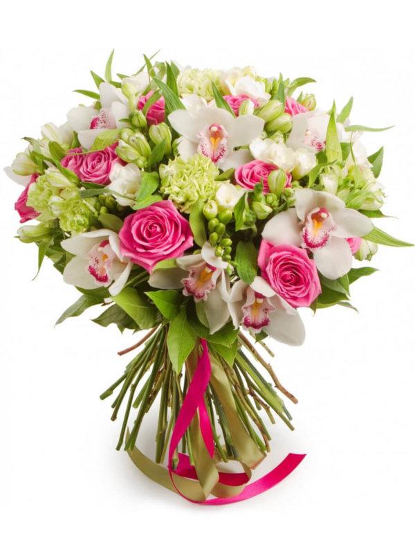 Букет из роз, гвоздик, фрезий, орхидеи и декоративной зелени