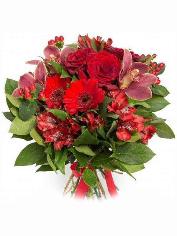 Букет из орхидеи, герберы, гиперикума, альстромерий, роз и декоративной зелени