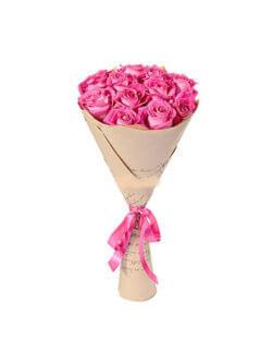Букет из 9 розовых роз в крафтовой бумаге