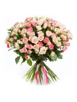 Букет из кустовых роз в ассортименте