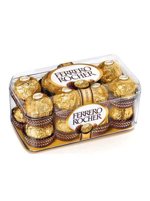 Конфеты Ferrero Rocher в пластиковой упаковке